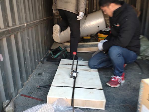 济南到西安托运钢板,代打木箱实图拍摄