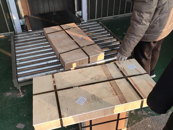 木箱包装完成